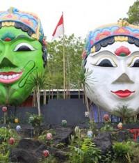 Wisata Kampung Seribu Topeng Di Malang